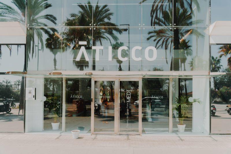 El IoT para Aticco coworking es un requisito primordial para la evolución y servicios de los espacios. Nuestras oficinas coworking ofrecen la mejor tecnología y conectividad.