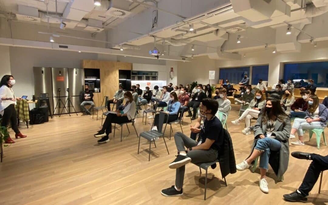 ¿Qué es un hackatón y qué beneficios te puede aportar? | ATICCO